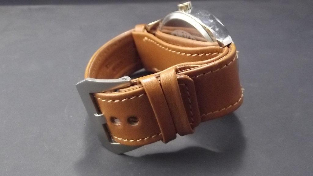 Bracelet montre type NATO en cuir ,disponible en 22 et 24mm